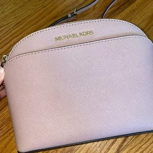 NWT Michael Kors crossbody purse in fawn